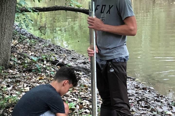 Anthony Wayne FFA does watersampling